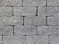 Gerwing Mauerstein GerloCastell UnoStone - granit-grau, gerumpelt, 3-seitig gespalten, 30x16,5x12,5 cm